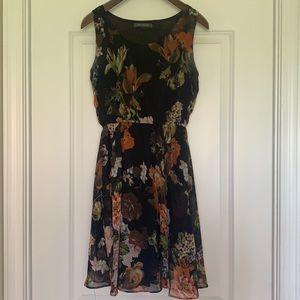 Beautiful floral short dress size M